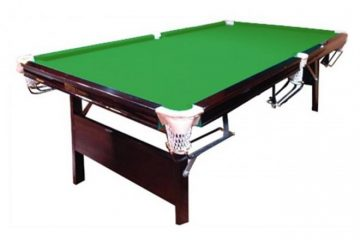 שולחן סנוקר ענק